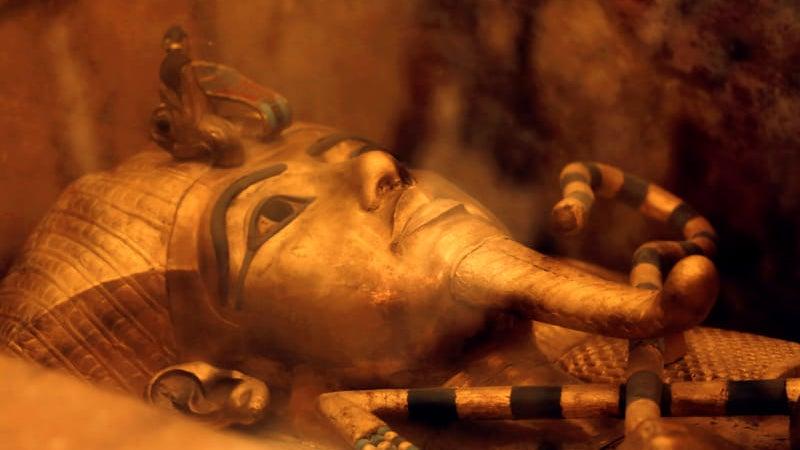 aliens ancient-egypt dang meteoric-iron space-dagger the-answer-is-always-aliens tutankhamun
