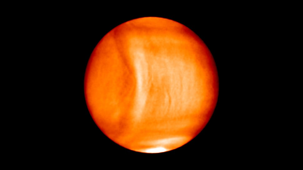 An Enormous Atmospheric Anomaly Has Been Spotted On Venus