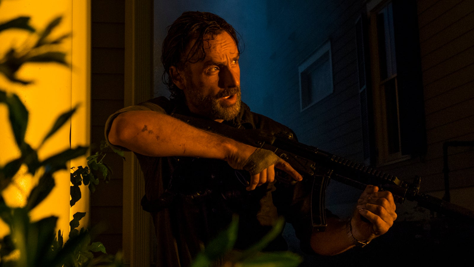 Rick Loses More Than The Battle On The Walking Dead's Midseason Finale
