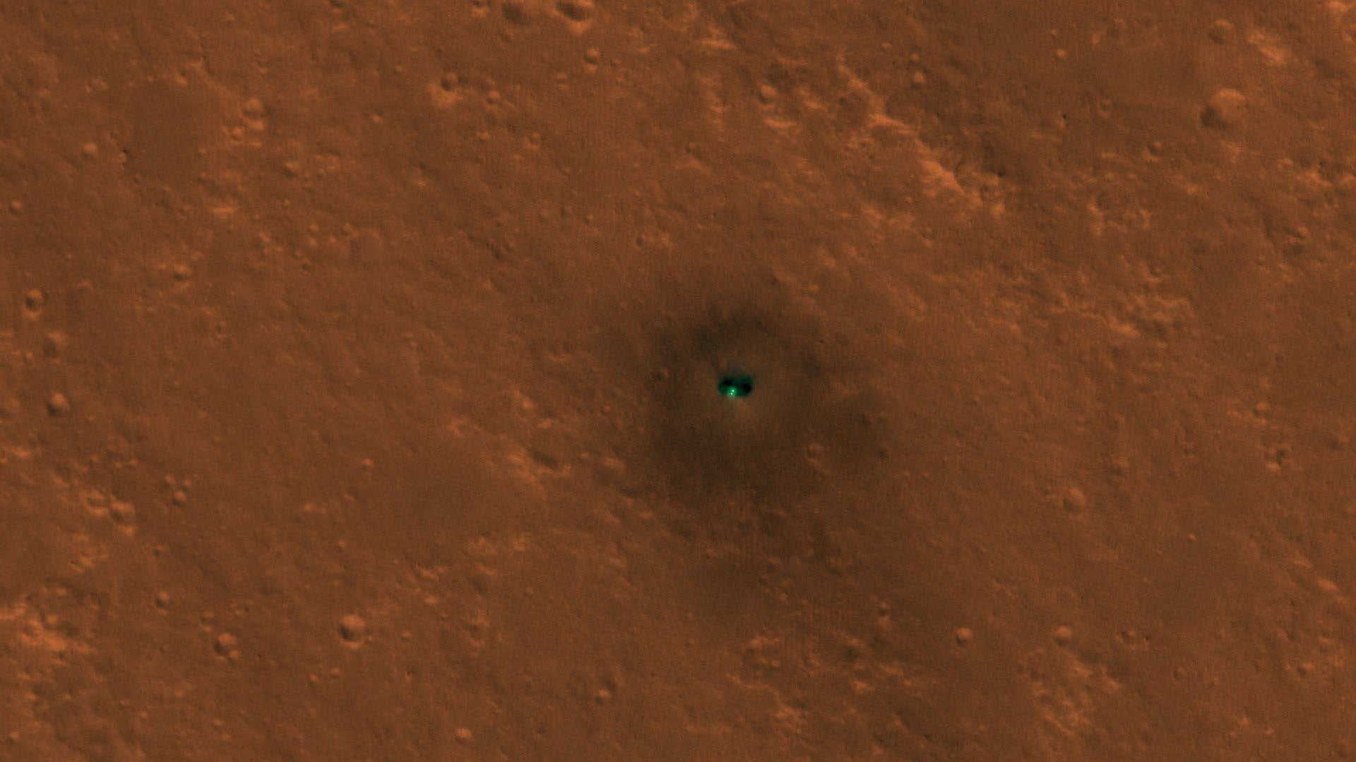 Martian Satellite Spots NASA's InSight Lander From Space