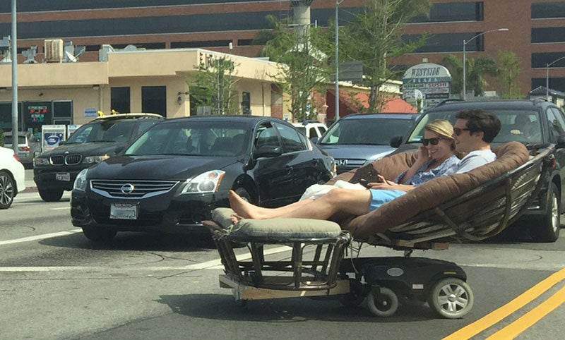 Papasan Convertible Is LA's New Laid-Back Approach to Fighting Traffic