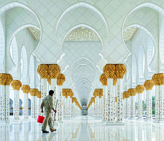 9 of the Year's Best Photographs of Buildings