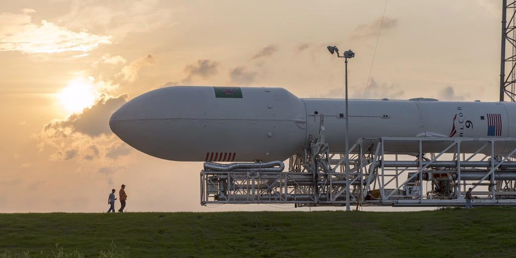 SpaceX Prepares Falcon 9 For Launch -- and Reminds Us How Big Rockets Are
