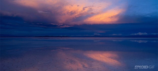 The ground looks like a mirror in this stunning time lapse of salt flats