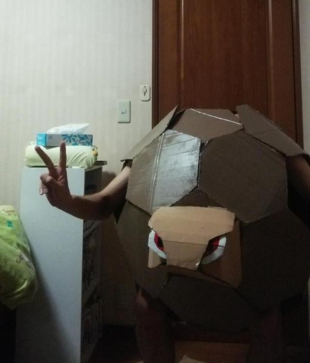 Man Celebrates Vacation with Low-Cost Pokémon Cosplay