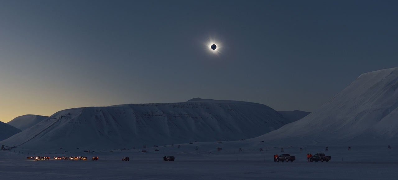 A Total Solar Eclipse Makes the Arctic Look Like an Alien World