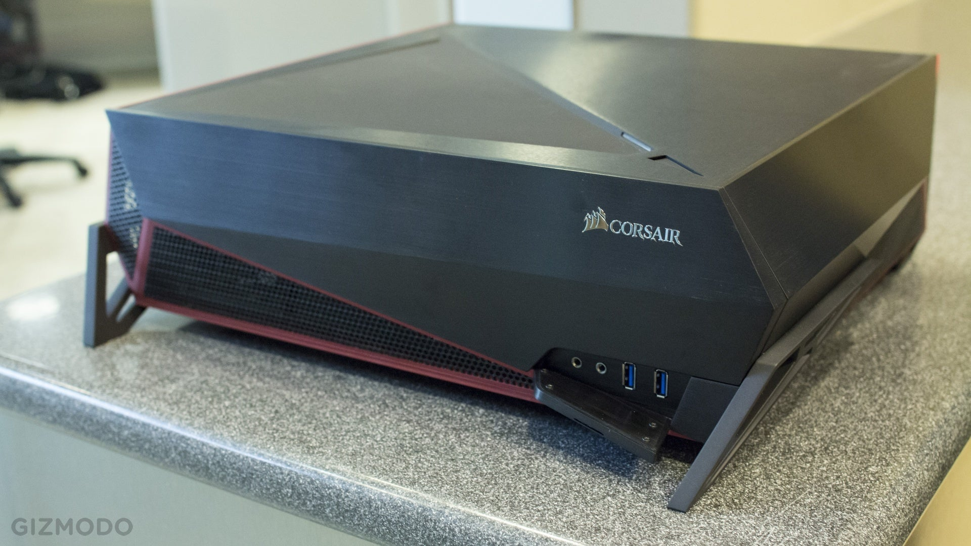Marvelous Corsair Bulldog: A Living Room PC With A Face Only A Gamer Could Love