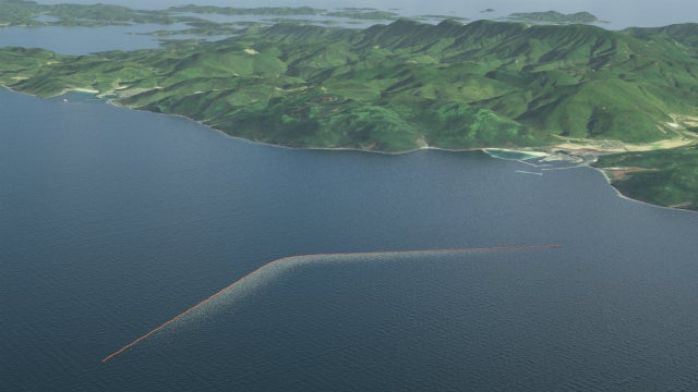 The Ingenious Plan for the Ocean to Clean Itself Is Led By a 20-Year-Old