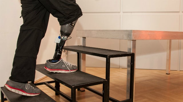 Here's the First Artificial Leg That Can Feel