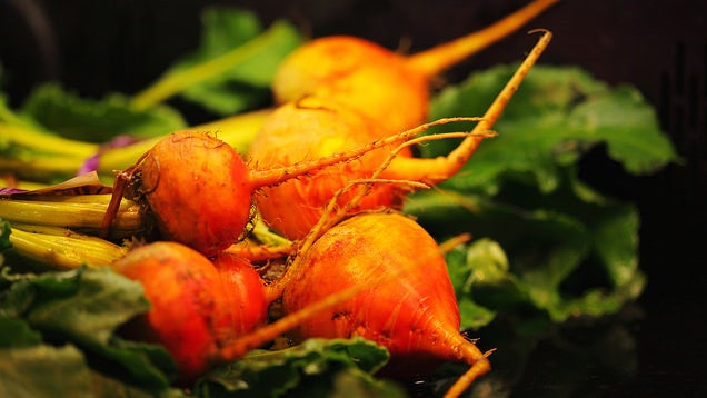 Make Root Vegetables Last Longer by Removing the Tops