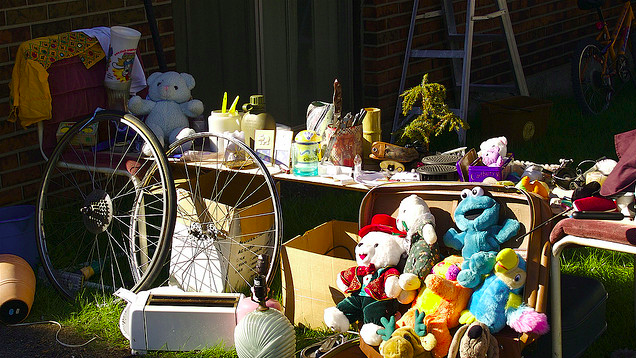 Save Time With Your Garage Sale By Knowing What Sells And What Doesn't