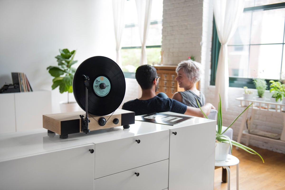 This Crazy Vertical Turntable Is the Best Way to Show Off Your Records