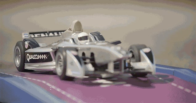 All RC Toys Should Wirelessly Charge While Parked Like This Race Car