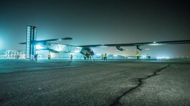 Flying a Solar Plane Around the World Takes One Hell of a Ground Crew