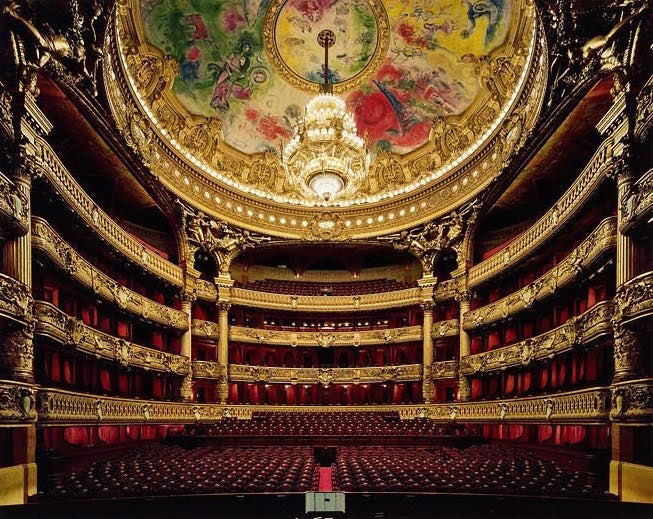 The Dramatic Architecture of Opera Houses That Only the Singers See