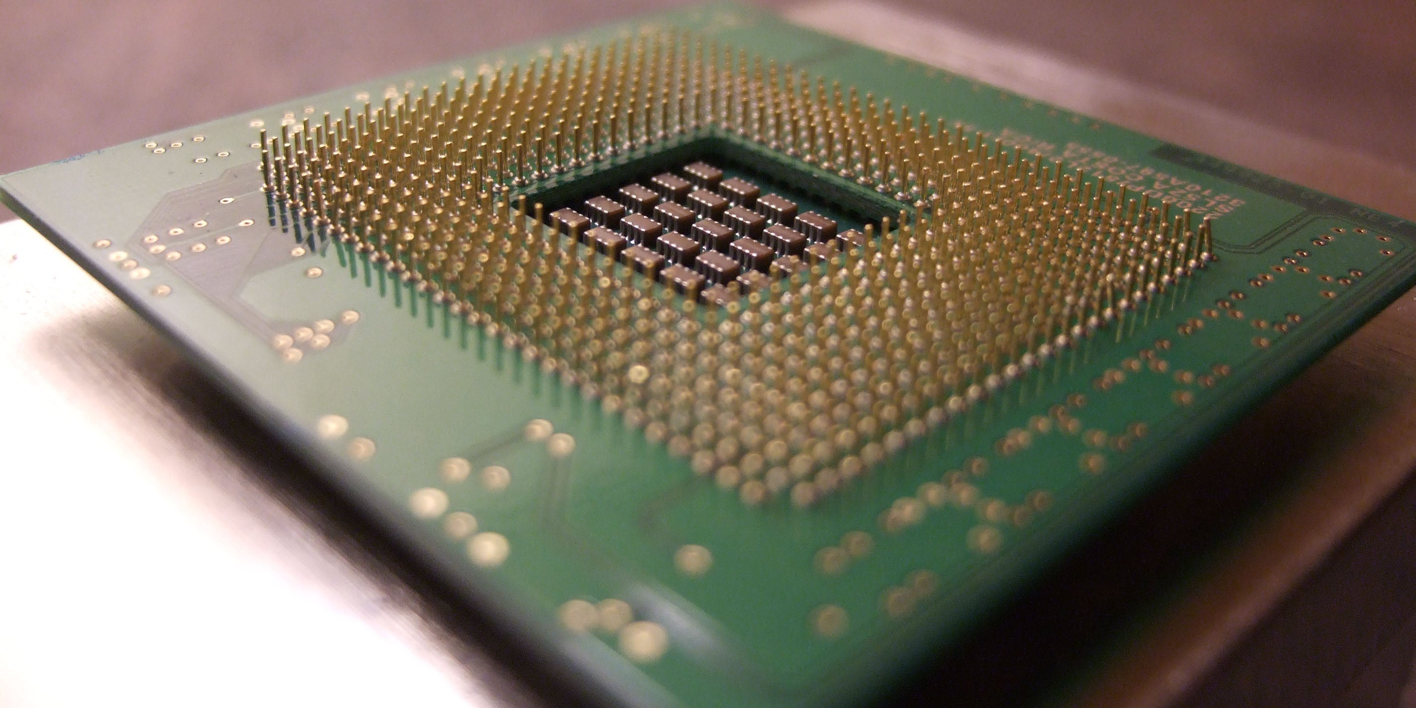 Intel's 2016 Chip Line-Up Will Put Moore's Law On Hold