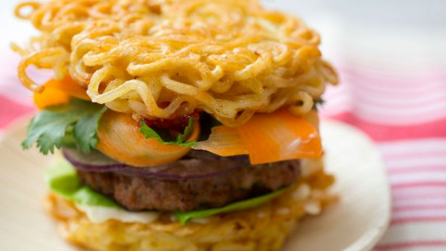 Make Your Own Ramen Noodle Burger Buns at Home