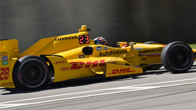 Giant LED Numbers Make It Easy To Track an IndyCar's Race Position