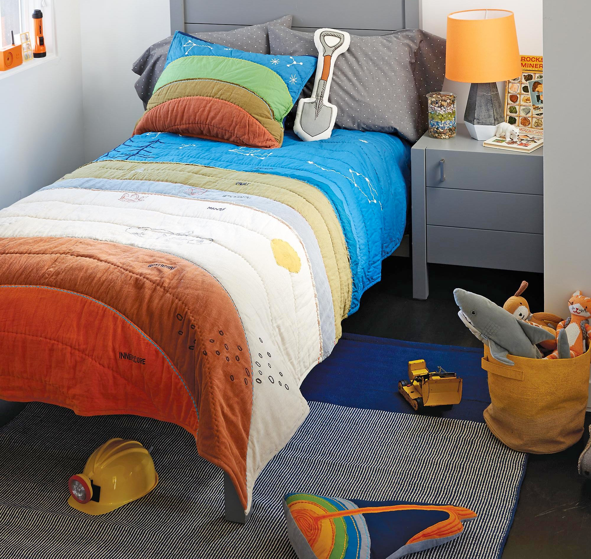 Your Kid Will Secretly Learn About Geology With this Colourful Bedding