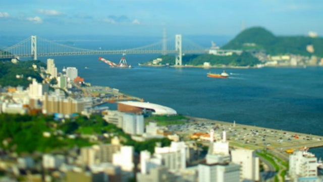 One of the World's Busiest Airports Looks Like a Toy Set In This Tilt-Shift Video