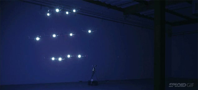 Video: This dancing drone is a beautiful painter of light