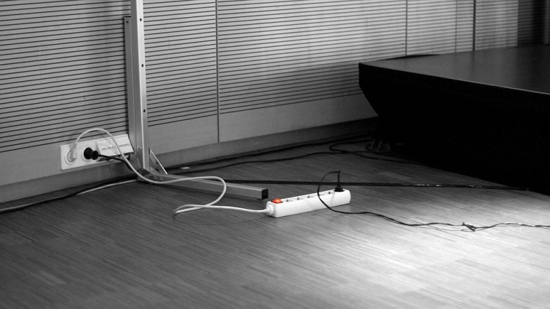 Break The Ice And Make Friends At Conferences By Bringing A Power Strip