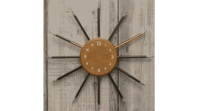 A Nixie-Powered Wall Clock Is the Ultimate Hipster Timepiece