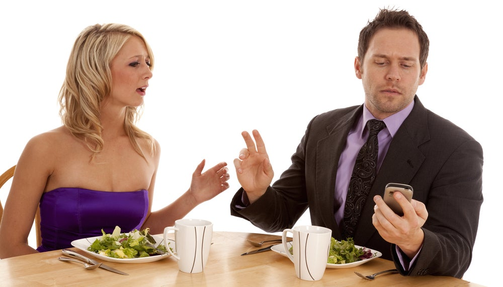 P-phubbing Is Ruining Your Relationships