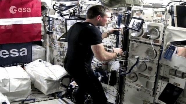 Watch an Astronaut In Orbit Control a Robot On Earth Using Haptic Feedback