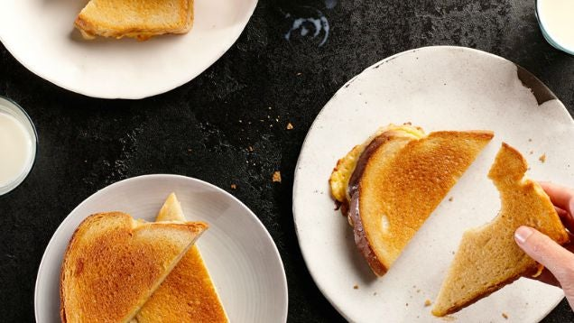 Use Cream Cheese to Make The Creamiest Grilled Cheese Sandwich Ever