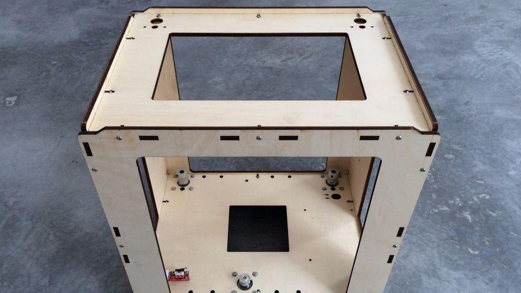 Build a 3D Printer For Under $US300 (Plus a Lot of Dedication)