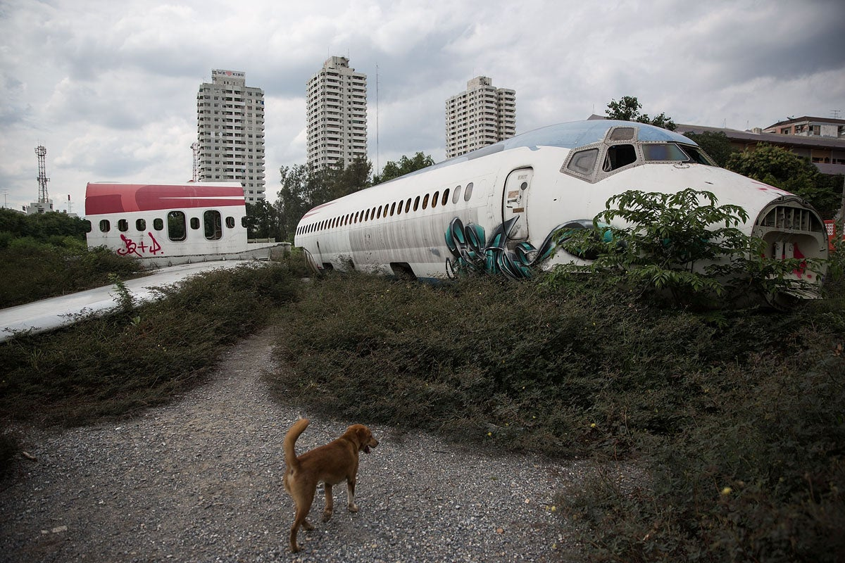 Bangkok's Homeless Are Turning These Decommissioned Aeroplanes Into Makeshift Homes
