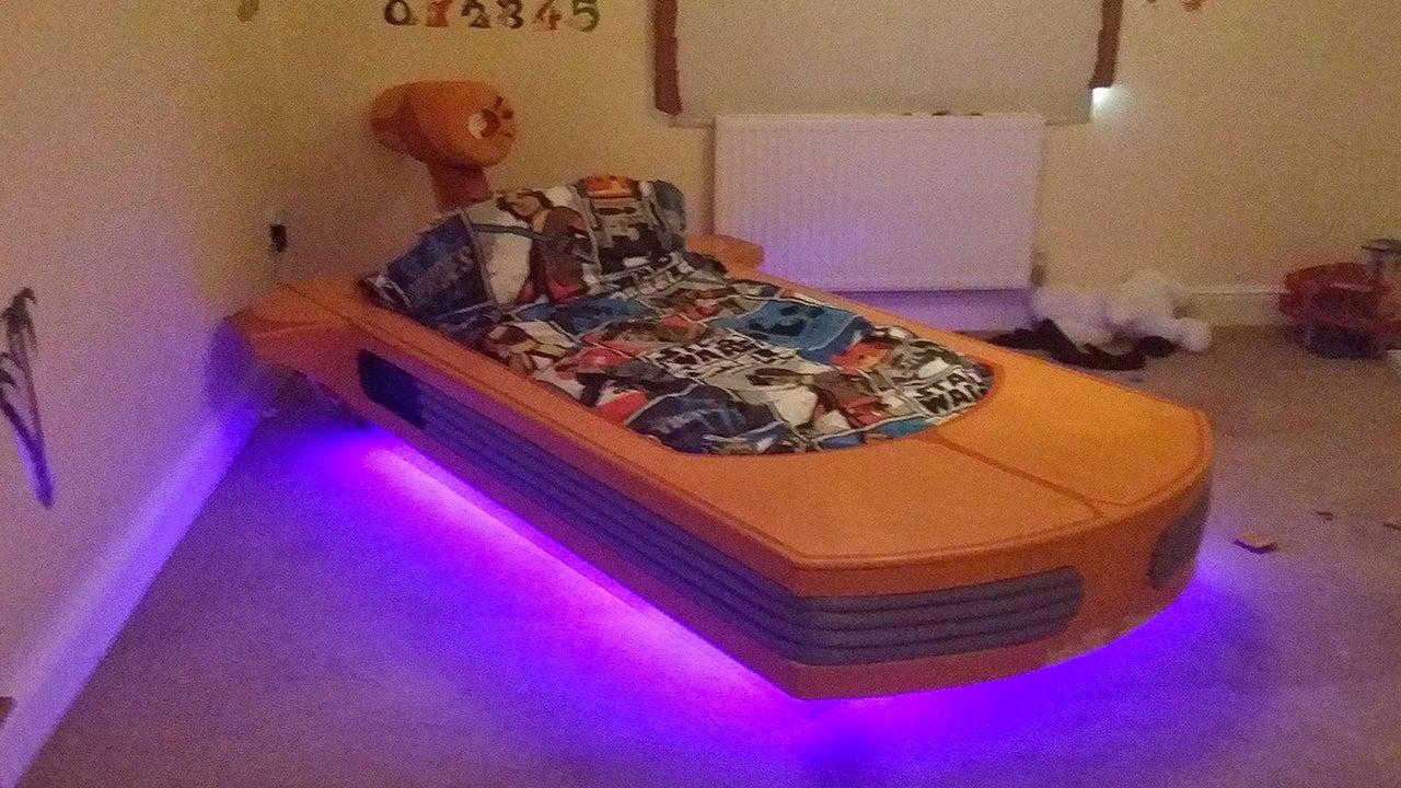 nap on this wonderful landspeeder bed all the way to tosche station gizmodo australia. Black Bedroom Furniture Sets. Home Design Ideas