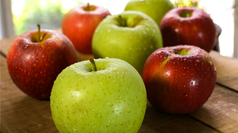 Forget Red Delicious: Here Are the Apples You Should Use in Everything