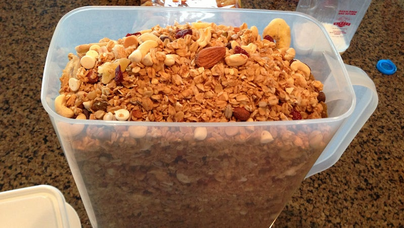 Make Granola from Anything You Have On Hand With This Ratio