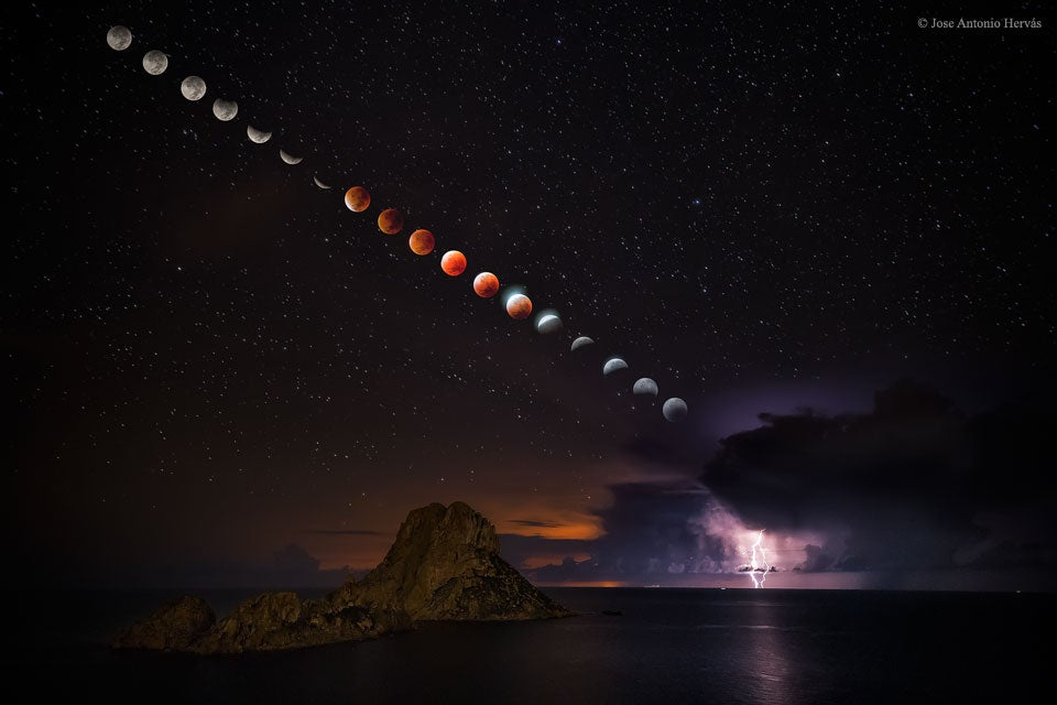 The Most Epic Image of This Week's Super Blood Moon Eclipse