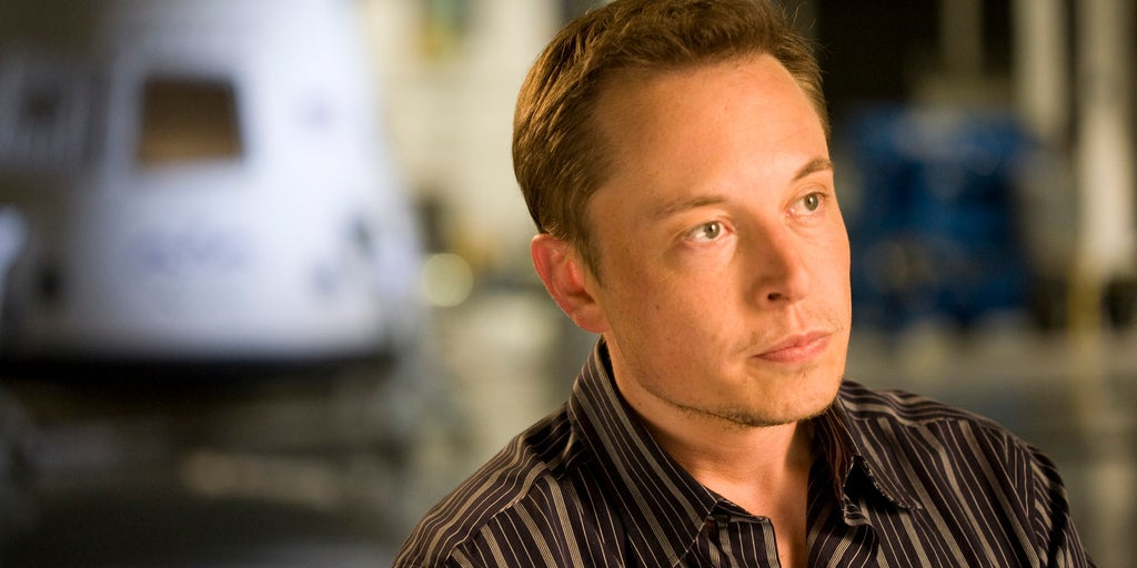 Elon Musk: Apple Hires Tesla's Rejects