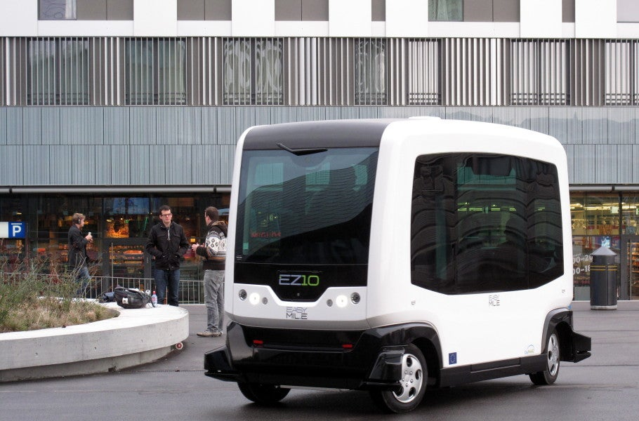 5 Cities With Driverless Public Buses On The Streets Right Now