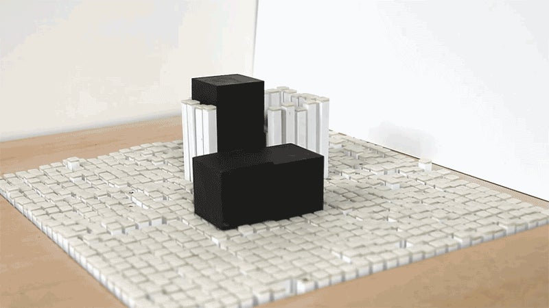 MIT's Morphing Table Is Now Skilled Enough to Stack Building Blocks