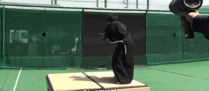 Samurai Slices A 100 Mph Baseball in Half