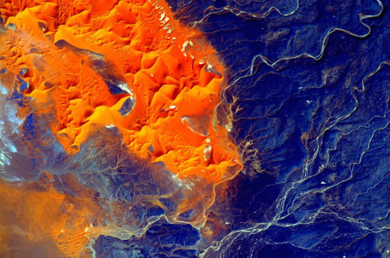 Scott Kelly Reveals the Raw Beauty of the Sahara From Space