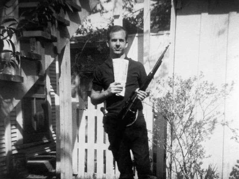 Researchers Finally Disproved a Conspiracy Theory About This Famous Lee Harvey Oswald Photo