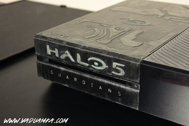 Modded Halo 5 Xbox One Covers Itself in Battle Armour