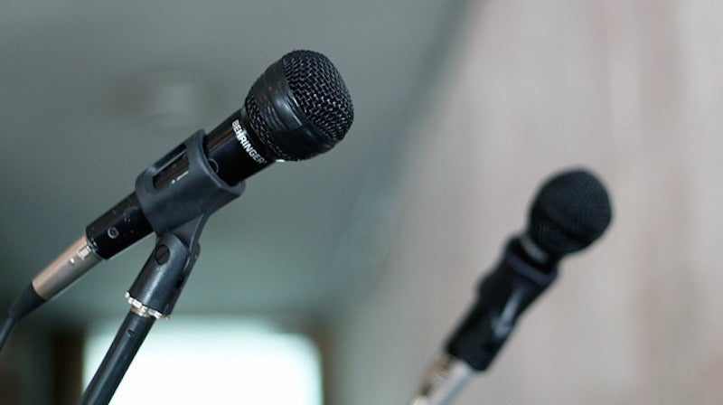 Write a Better Speech by Practicing It On a Novice