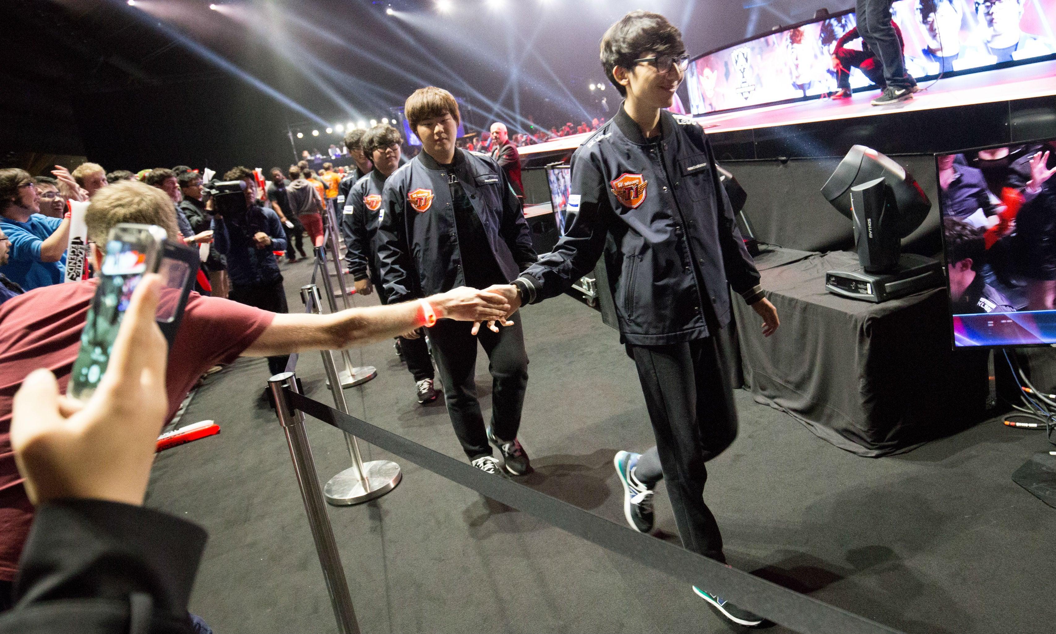 Top Korean League Of Legends Team SKT Still Hasn't Lost A Single Game At Worlds