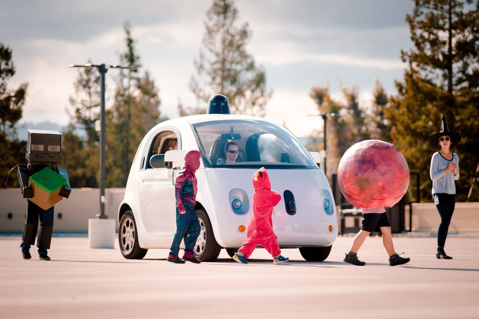 Google's Self-Driving Cars Are More Careful Around Kids