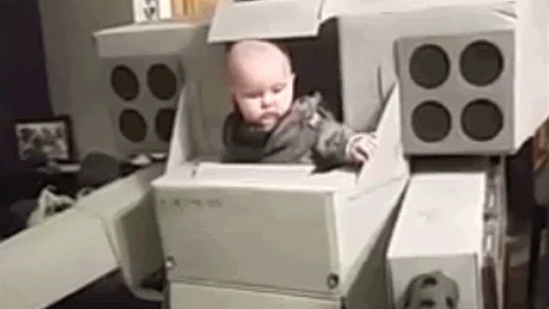 Cool Dad Puts His Kid In Command Of Cardboard MechWarrior
