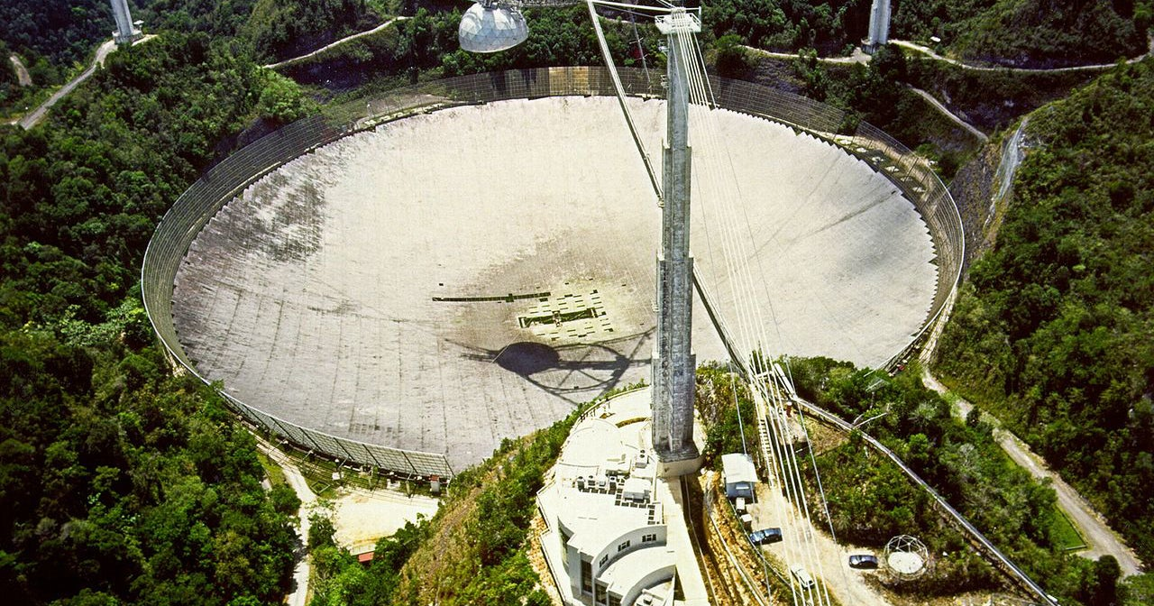A Funding Battle is Tearing the Arecibo Observatory Apart