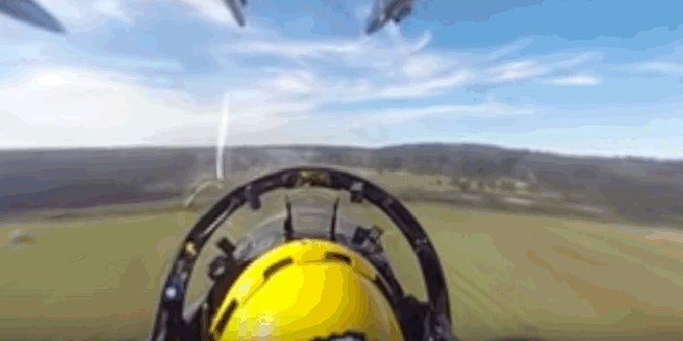 This 360-Degree View From a Blue Angel Cockpit Is Amazing and Terrifying