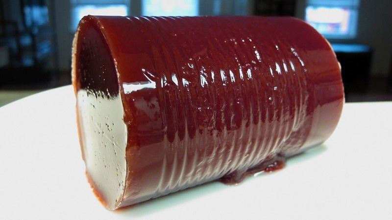 Make Jellied Cranberry Sauce Look Homemade With Whole Cranberries